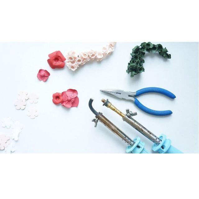 AYUKO HISHIKAWA Paper Jewellery