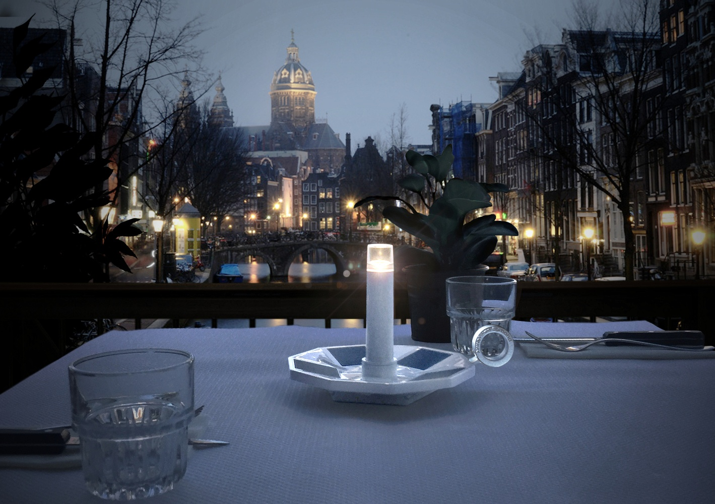 Miss Solar Light by Annet van Egmond
