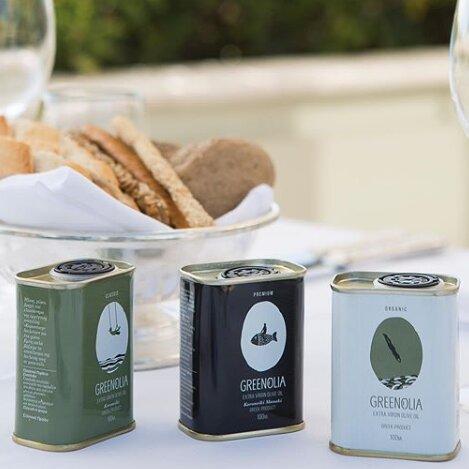 """<h1>Greenolia Olijflab</h1>  <h2>A.28-a<br /> <a href=""""https://www.hetolijflab.nl/"""">www.hetolijflab.nl</a></h2>  <p>Greenolia betekend pure olijfolie die opvalt door zijn kwaliteit. Elke druppel bevat de smaak en waarden van de Griekse olijfolie die bekend is over de hele wereld. De pure olijfolieproducten zijn gemaakt met zorg om de kostbare Griekse goederen te beschermen.</p>  <p>&nbsp;</p>  <p>&nbsp;</p>"""